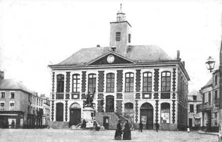 This was the old Town Hall. It was destroyed in 1918.